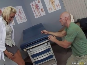 doctor violates girl exam movie