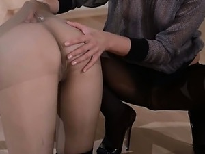 mature lesbians in nylons