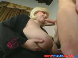 cougar big tit xxx suck cock
