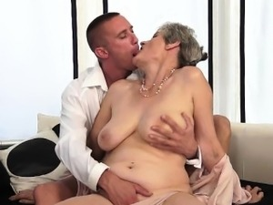 saggy tited bitch fucks younger guy