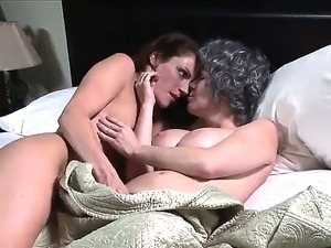 hd quality mature lesbian movie galleries