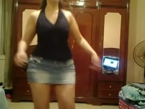 college girls dancing video