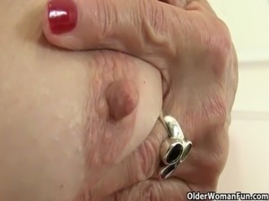 sexy cougar cum muscular ass story