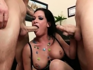 mom and younger fucking big tits