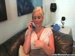 cougar big tits blow job xxx
