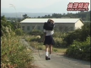 japanese school girls no underwear