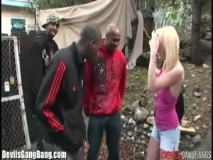 girls fucking party whith black guys