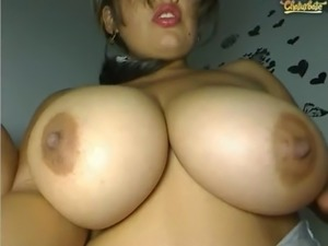 girls fuck on web cam
