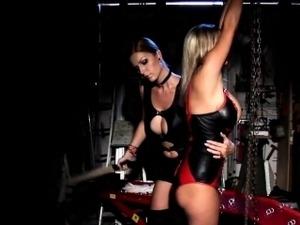lesbian bdsm porn videos