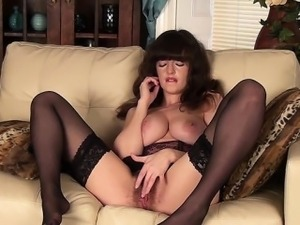 hairy pussie young girls