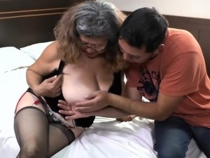 fat grannies chicks porn