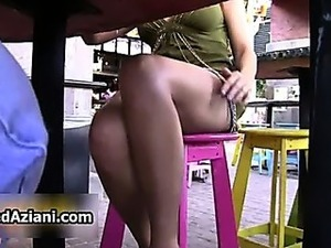 free mature upskirt streaming video