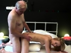orgasm closeup video
