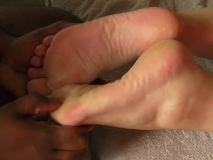 asian girl foot kissing
