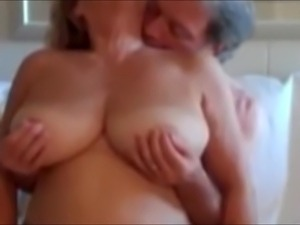 Natural wonders tits