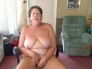 sexy mature granny thumbs