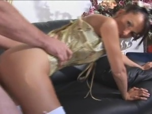 erotic storie house wife hardcore