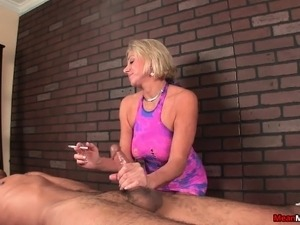 asian female masseuse gives handjob video
