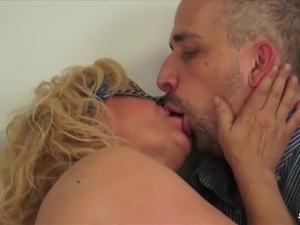 mature swinger vids