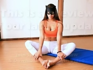 naked girl doing yoga