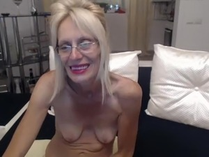 free amateur granny pussy