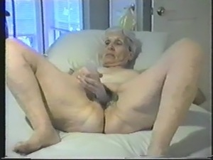 naked old granny pictures