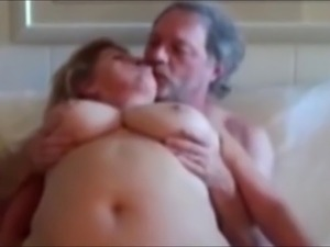 mature tits pic post gallery