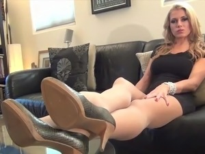 pantyhose make my pussy wet