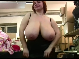 Natural saggy tits