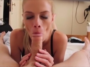 house wife sucking dick videos