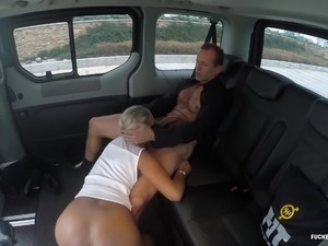 sexy naked girls fucking car
