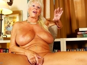 amateur grannies having sex