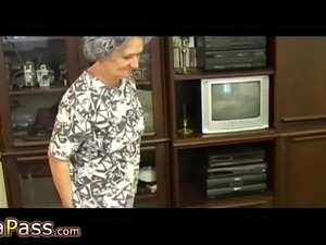 granny young boy sex video