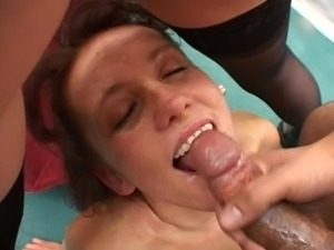 whole pussy in mouth