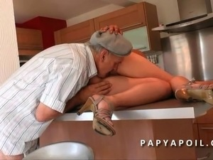 best videos of couples french kissing