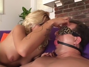 Threesome with blonde babe