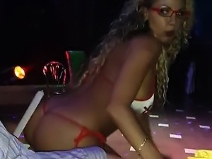 videos of naked lap dances