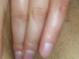 videos of a girl fingering herself