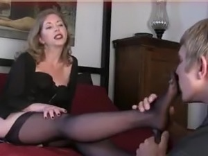 mature foot fetish anal