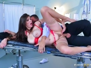 hailey young and diamond foxxx doctor