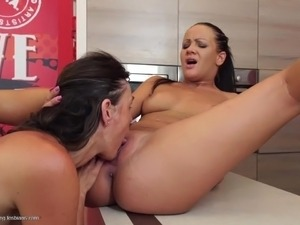 white milfs fuck huge black dick