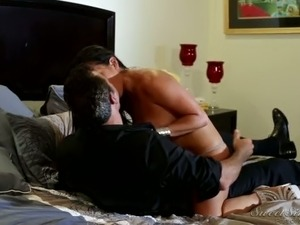 hien shy wife video