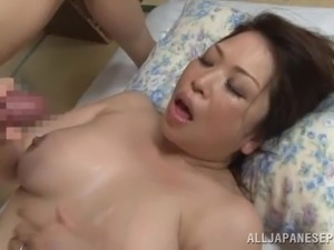 Sweet Japanese Cougar Goes Really Hardcore Doggystyle