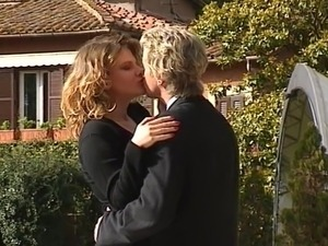 lesbians having sex and french kissing