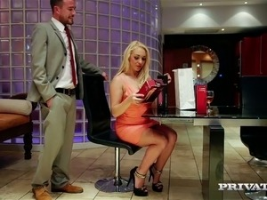 Saucy busty blondie Victoria Summers toys her muff and then sucks her buddy off