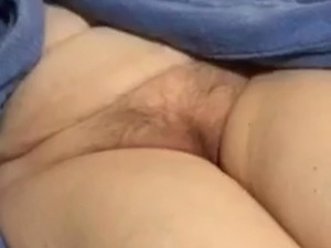 haury pussy close up