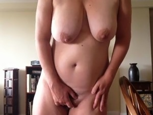 mature hairy pussy over pics