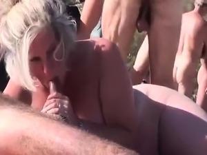 sexy beach girls voyer video