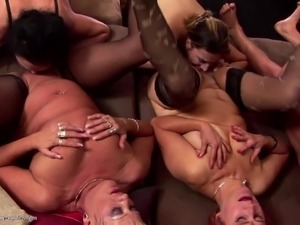 horny throat black grannys