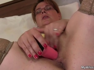 mom and son movie sex scene